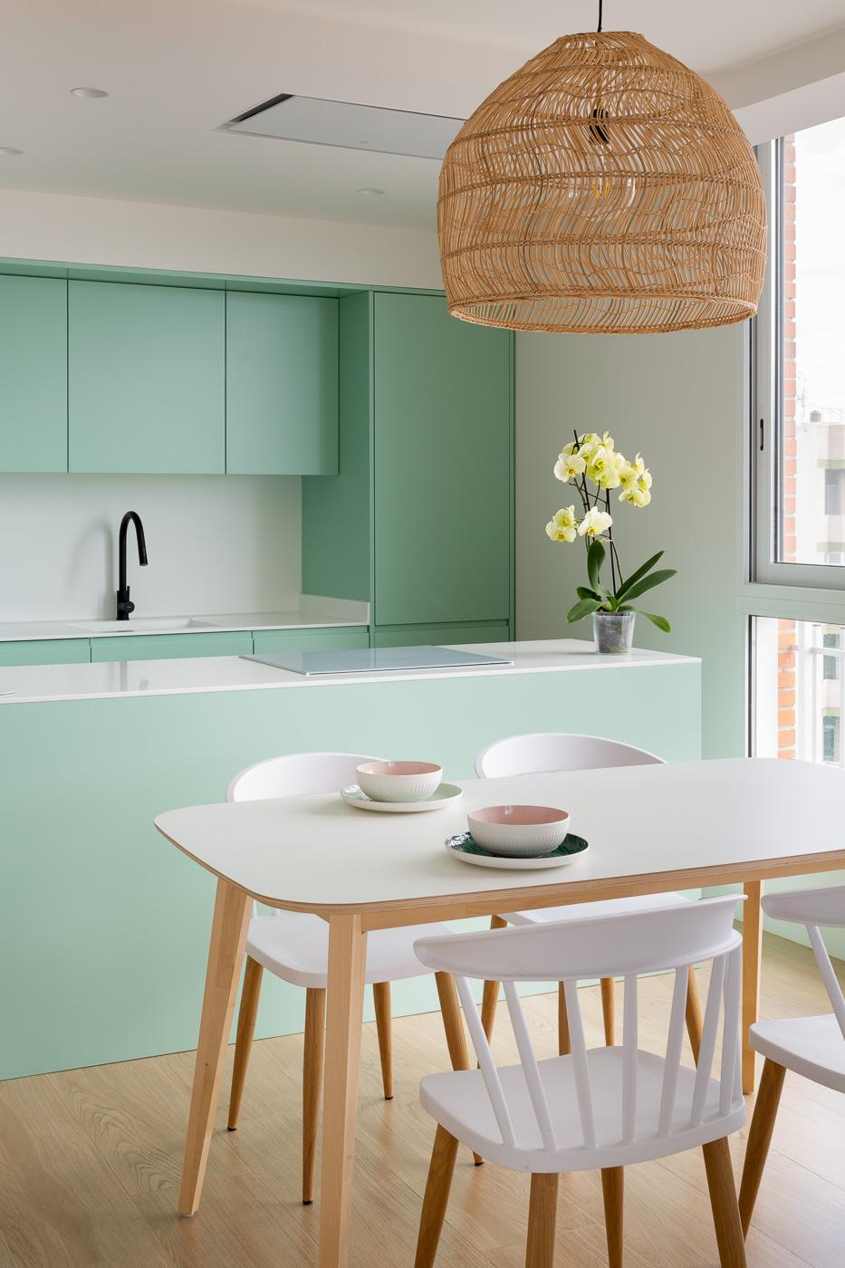 NAYA arquitectos alicante atico en guardamar comedor cocina